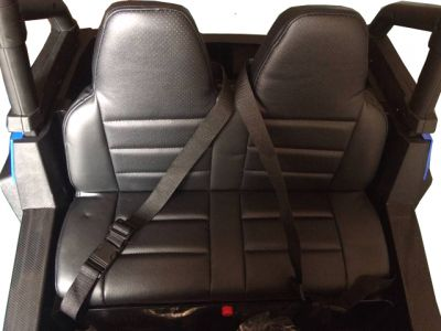Accu Auto Cross Country XL 4X4  Zwart 2 Persoons-1